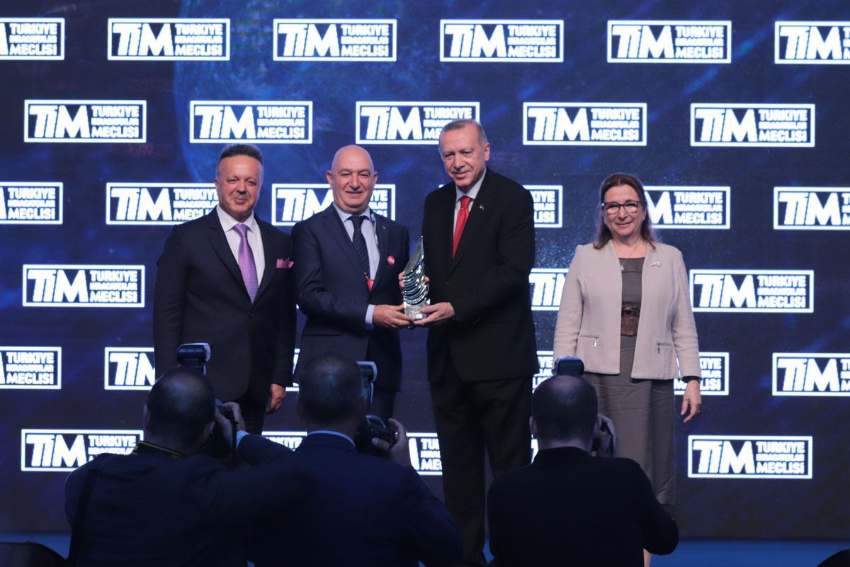 2018 Turkey Export Fifth , Apparel and Apparel Sector Winner TGS Foreign Trade Inc.